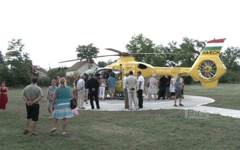 mentő helikopter