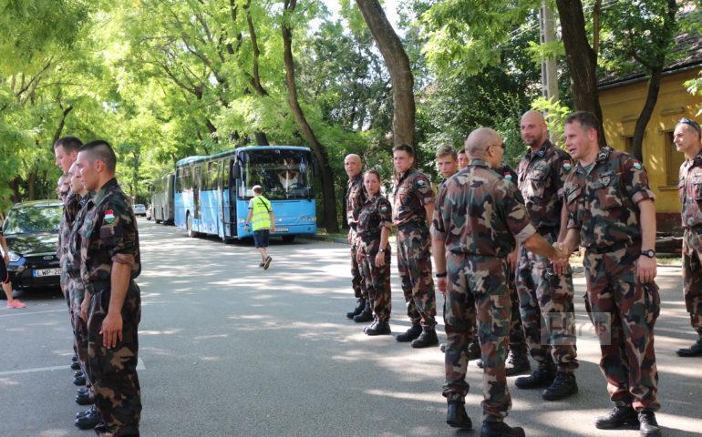 Szentesi katonák a G-átfutáson